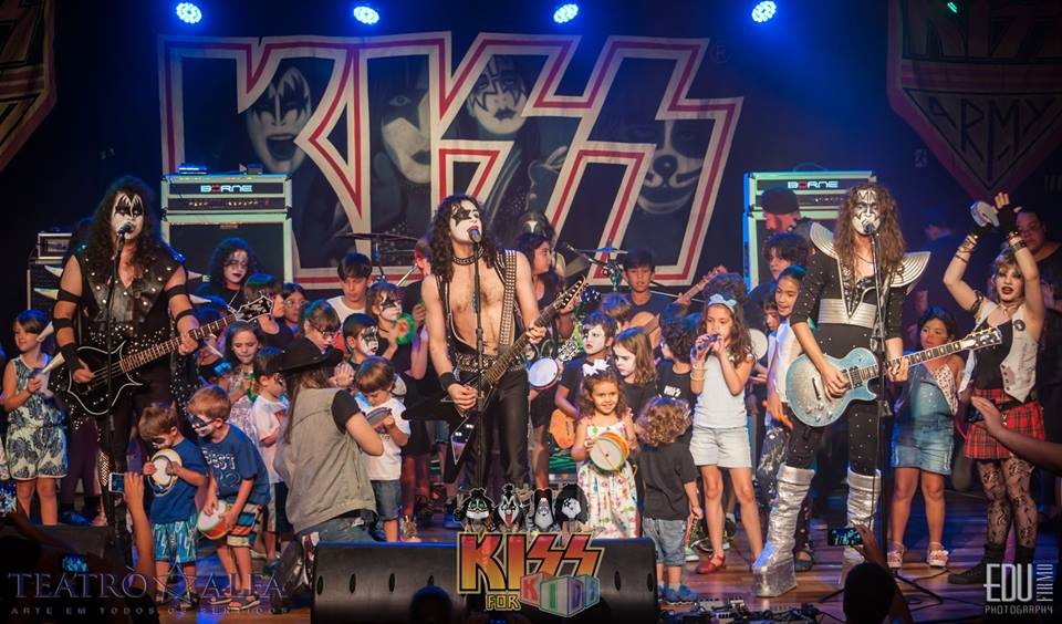 Kiss for Kids 4