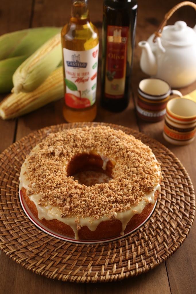 Bolo de milho cremoso com paçoca