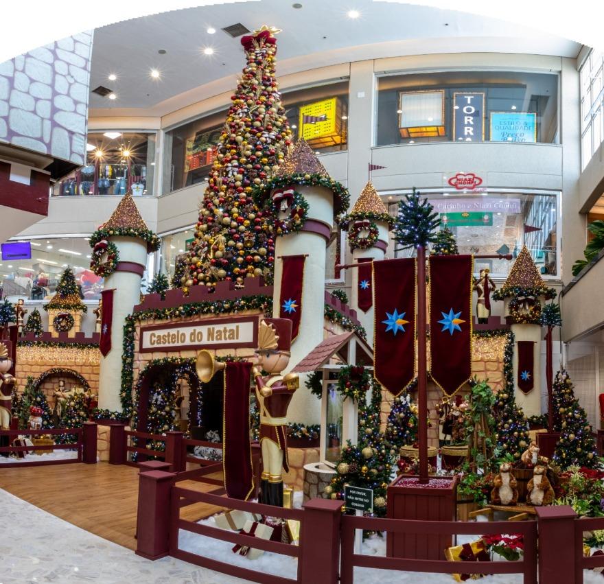Clima de Natal invade o Centro Comercial Aricanduva
