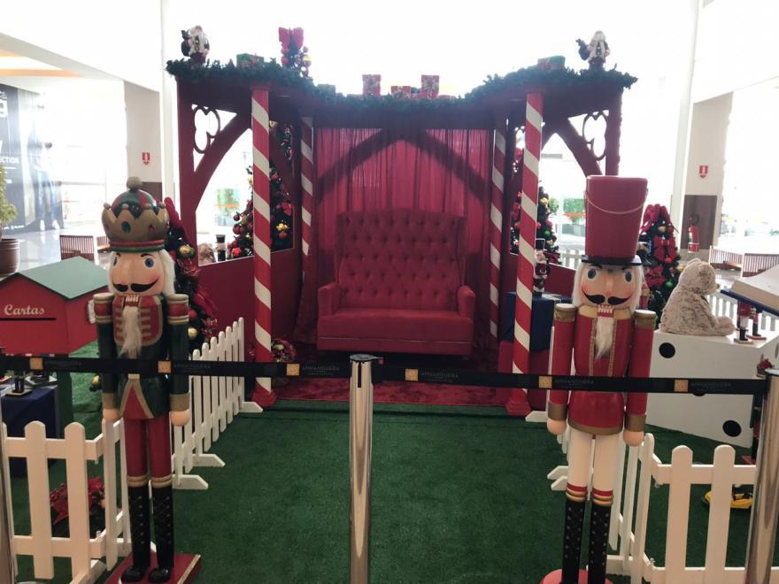 Anhanguera Parque Shopping recebe o Papai Noel